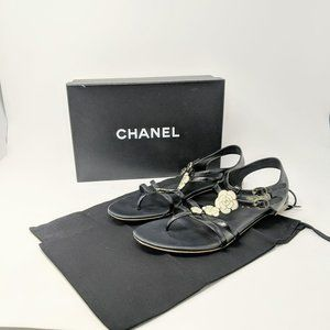 Auth Chanel Black Floral Thong Leather Sandals